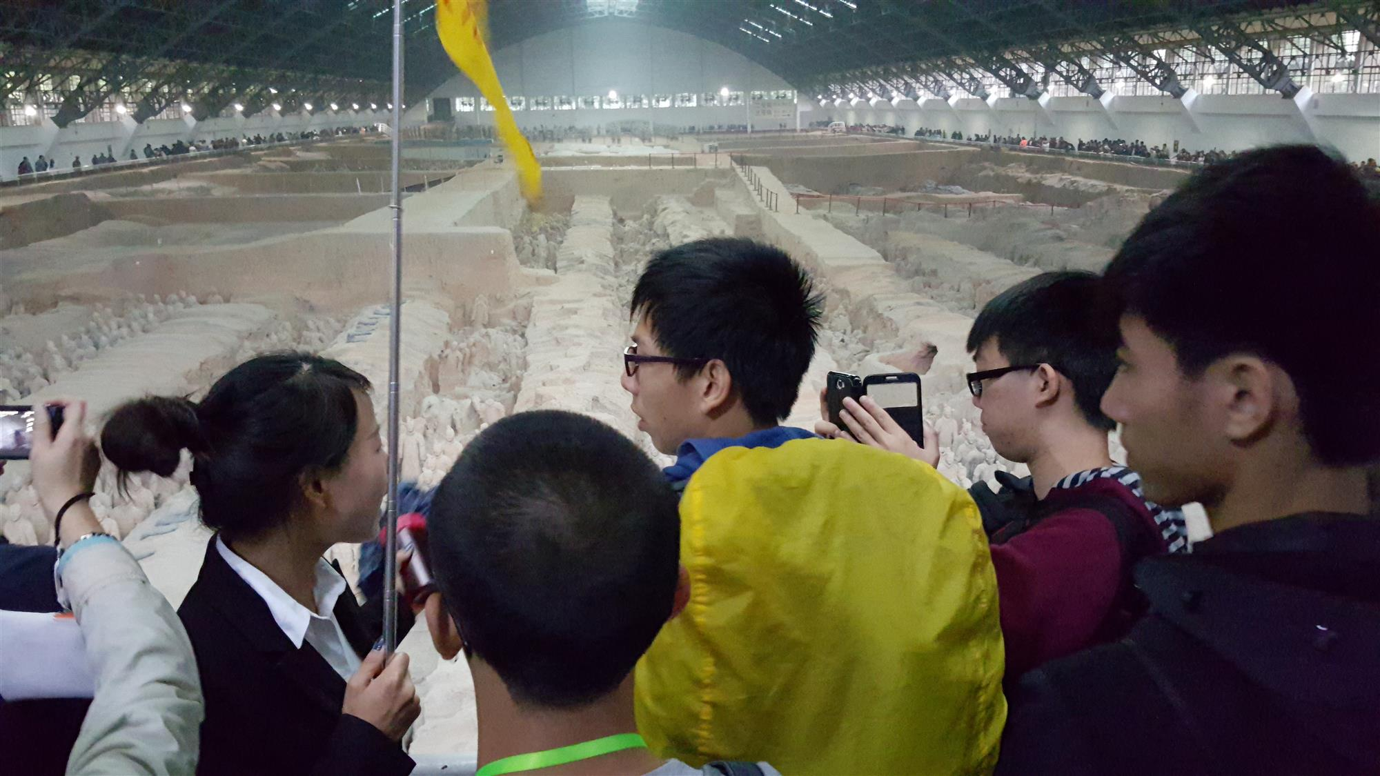 Students were visiting the Emperor Qinshihuang's Mausoleum Site Museum.